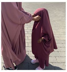 Baby Hijab, Girl Hijab, Arab Girls Hijab, Muslim Girls, Hijab Chic, Casual Hijab Outfit, Islamic Girl Pic, Girls Fashion Clothes, Fashion Outfits