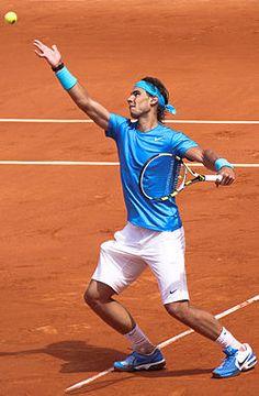 Rafael Nadal Parera (Rafa Nadal) es un tenista español, actual n.º 1 de la clasificación mundial de la ATP.8 Considerado como uno de los mejores jugadores de la historia del...