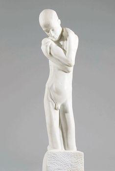 "Marmor; seitlich auf der Plinthe monogrammiert: ""GM"" H. 80,5 cm Schätzpreis: 18000 - 35000 € Modern Art, Contemporary Art, Fountain Design, Minne, Art Nouveau, Auction, Sculpture, Statue, Antiques"