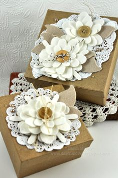 felt flower toppers - diy