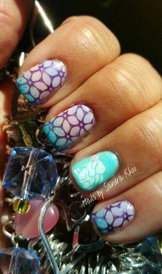 Pastel flower rabbit manicure