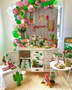 Love the balloon backdrop 2nd Birthday Party Themes, Diy Birthday Decorations, 1st Birthday Parties, Balloon Backdrop, Balloons, Birthday Presents For Grandma, Llama Birthday, Baptism Party, Mexican Party