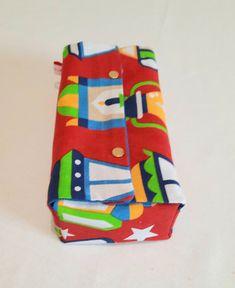 Tissus fabriqués en Egypte. Fanous égyptien. Joli décoration pour le ramadan Decoration, Ramadan, Slipcovers, Fabrics, Decor, Decorations, Decorating, Dekoration, Ornament