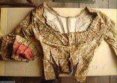 MoMu - Fashion Museum  Casaquin 1790-1800 T14/155