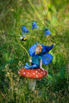 The bluebell fairy, OOAK fairy art doll by Lavender & Lark Mehr Soft Sculpture, Ceramic Sculptures, Felt Fairy, Love Fairy, Needle Felting, Wet Felting, Flower Fairies, Waldorf Dolls, Fairy Art