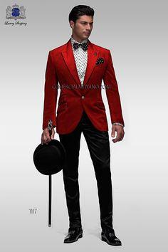 Chaqueta de moda italiano a medida en tejido terciopelo 100% algodon rojo, con solapa en punta moda y 1 botón de fantasía y espalda con una abertura.