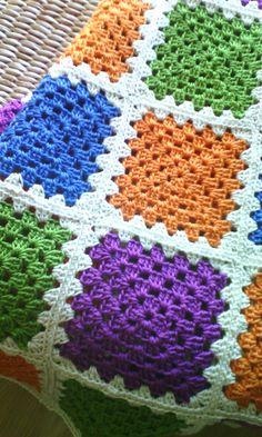 Summer blanket Crochet Ripple Blanket, Crochet Quilt, Crochet Blocks, Crochet Blanket Patterns, Knitting Patterns, Knit Crochet, Granny Square Crochet Pattern, Crochet Squares, Crochet Instructions