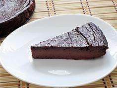 Čokoládový koláč z červené řepy Pavlova, Paleo, Food And Drink, Sweets, Baking, Desserts, Recipes, Fitness, Tailgate Desserts
