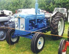 Antique Tractors, Vintage Tractors, Classic Tractor, 1964 Ford, Vehicles, Farming, Childhood, British, Tractors