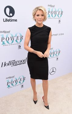Megyn Kelly Little Black Dress - Megyn Kelly showed off her toned physique in a ruched LBD at the Hollywood Reporter's Women in Entertainment Breakfast. Short Wavy, Short Curly Hair, Short Hair Styles, Megyn Kelly Hair, Fashion Desinger, New Hair Do, Fitted Black Dress, Girl Empowerment, Girl Celebrities