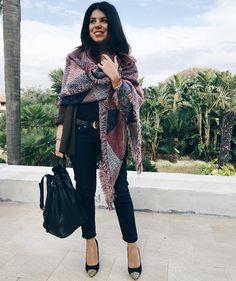 outfit-look-looks-fashion-blogger-veronica-giuffrida-italia-giacca-pantaloni-cintura-louis-vuitton-borsa-the-bringe-nera-pelle-scriarpa-maxi  Instagram/Snapchat: @Veronikagi