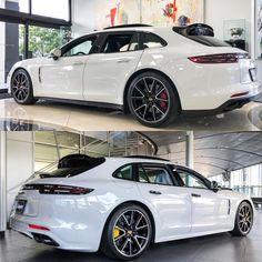 Porsche Panamera Sport Turismo 😱😱😱 by BR 🇧🇷 4 Door Sports Cars, Sports Sedan, Sport Cars, Jaguar Xjr, Volvo, Peugeot, Panamera Sport Turismo, Mercedes Benz, Audi S5 Sportback