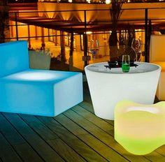 Bass lysande cafébord i 2 storlekar