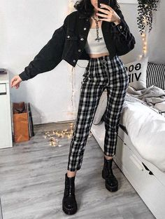 Hipster Fashion Style, Grunge Fashion Soft, Egirl Fashion, Korean Fashion, Fashion Outfits, Soft Grunge Clothing, Soft Grunge Style, Grunge Look, Grunge Clothes
