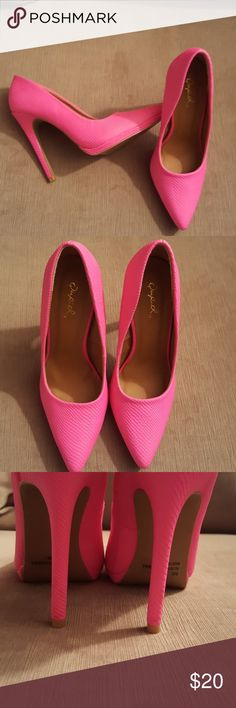 Cute Neon pink Stiletto heel pointed toe pump In Excellent condition. Beautiful vibrant neon pink pumps. Textured materials as shown in photo 4. Size 7 but they run small. They are more like a 6.5. No platform. Excellent for summer. Qupid Shoes Heels