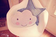 La jolie chambre bébé de Zoé - rose, pink, baby room, chambre bébé, déco, cloud, pillow, coussin nuage