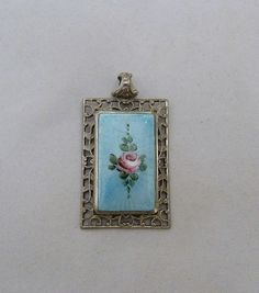 VINTAGE 1930s - 40s BLUE PINK ROSE FLOWER GUILLOCHE ENAMEL FILIGREE PENDANT