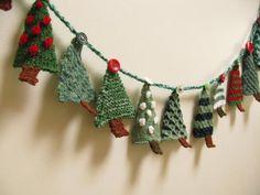 (6) Name: 'Knitting : Christmas Tree Advent Garland