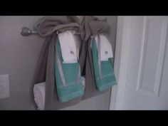 How to Tie Towels to Impress Your Clients Hang Towels In Bathroom, Hanging Bath Towels, Best Bath Towels, Hand Towels, Towel Display, How To Fold Towels, Decorative Towels, Bath Decor, Tie