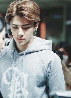 Page 2 Read Oh Sehun from the story Cose da EXO by (I am the God Strik-) with reads. Luhan And Kris, Bts And Exo, Kris Wu, Baekhyun Chanyeol, Park Chanyeol, Boys Beautiful, Exo Music, Xiuchen, Exo Ot12