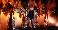 How Beyonce Demolished the 2016 Video Music Awards: Middle Fingers Up #headphones #music #headphones