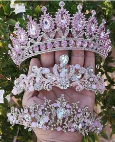Six months ago the prince and the princess of Auradon brought four Ki… #fanfiction Fanfiction #amreading #books #wattpad Cute Jewelry, Hair Jewelry, Wedding Jewelry, Bridal Crown, Bridal Tiara, Quinceanera Tiaras, Magical Jewelry, Quince Dresses, Crystal Crown