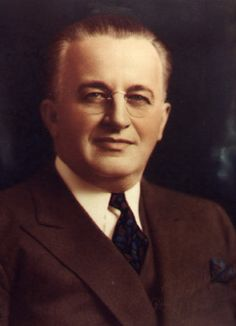 Russell Stover aka Russell Stover Candy was born in Alton, Kansas in 1888.