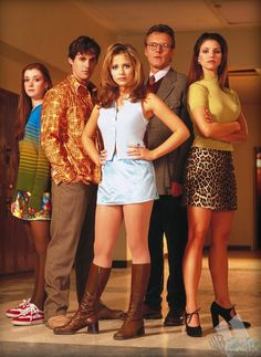 Buffy...been watching this lately. The awesome 90s fashion is to die for. I mean, how cute are her brown boots and those mini-skirts she's always wearing!