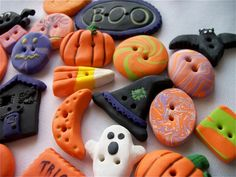 Assorted Halloween Buttons. $20.00, via Etsy.