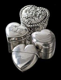 ♔ French silver hearts