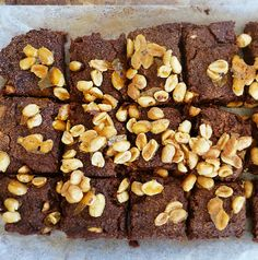 Enjoy this vegan recipe for Peanut Brittle and Cacao Brownies Ingredients 2 tbsp chia seeds + 8 tbsp water 1 cup dates 3/4 cup almond milk 3 tbsp maple syrup […]