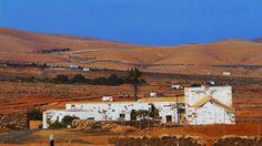 CANARIAS  FOTOS   Canary Islands Photos: Casa y paisaje en Ampuyenta ....Fuerteventura