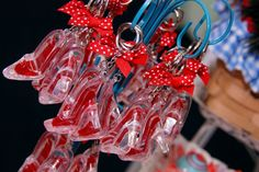 Party favors at a Wizard of Oz Party #wizardofoz #partyfavors