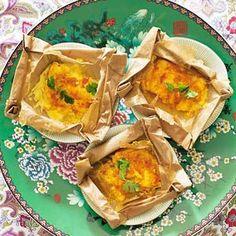 Indische rijsttafel: Vispakketjes / Fish wraps