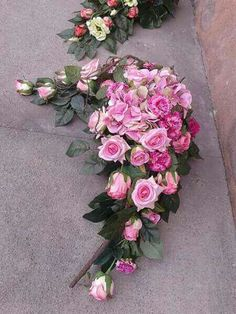 Wedding Car Decorations, Grave Decorations, Flower Decorations, Funeral Flower Arrangements, Funeral Flowers, Altar Flowers, Funeral Tributes, Beautiful Flowers Wallpapers, Arte Floral