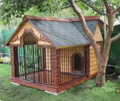 Most up-to-date Pictures Pretty Dogs, Shipoo Dogs, - Puppies Mixed, Dog House For Garden. Ideas A secure area for your dog A dog kennel is an excellent choice to offer your pets protected quit all Dog Training Methods, Basic Dog Training, Training Dogs, Luxury Dog Kennels, Big Dog Kennels, Grande Niche, Dog House Plans, House Dog, Luxury Dog House