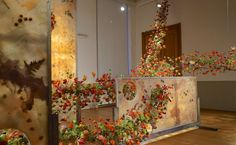 """During Fleuramour 2015 in Alden Biesen the floral designers Rudy Casati and Antonio Trentini were asked to create a floral design work in """" The Bishop room"""" of the castle at Alden Biesen. """"A Botanical Dream"""" by Rudy Casati and Antonio Trentini"""