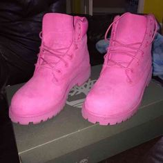 PINK timberlands like new.  no scuffs no stains. Timberland Shoes Winter & Rain Boots