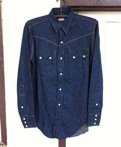 Vintage shirt and jacket Vintage Levi Shorts, Vintage Denim, Vintage Shirts, Vintage Outfits, Denim Shirt With Jeans, Levis Shirt, Jean Shirts, Denim Shirts, Western Jeans