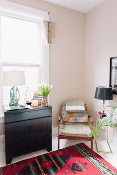 House Tour: Colors and Textures in a Chicago Rental | Apartment Therapy