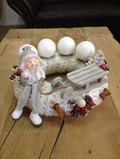 Adventi koszorú alkotásom 2. ❄️☃❄️ Homemade Christmas Gifts, Christmas Crafts, Christmas Decorations, Christmas Ornaments, Holiday Decor, Winter Christmas, Xmas, Making Ideas, Snowman
