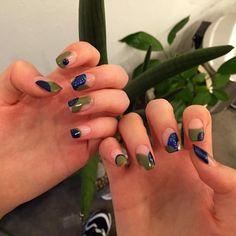 이쁜손님  #네온네일#네일디자인#네일아트#젤네일#망원동네일샵#밀리터리#카모플라쥬#NEONNAIL#nails#nailart#naildesign#gelnail#camouflage#fashion