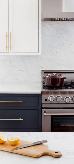 Want to know the chefs hidden secret in the kitchen? Award-winning greats Michael Symon, Ford Fry, and Jose Garces all use BlueStar for commercial-quality cooking in their own homes. Sshhhh! Dont tell anyone. #bluestar #range #oven #kitchen #kitchenideas #kitchendesign #kitchenremodel