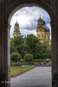 München Theatinerkirche, Altstadt, Munich, Germmany