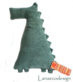 Collezione Abbottonati- Coccodrillo- realizzato con tessuti di riciclo