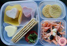 DIY Lunchables = Fun & easy lunch!