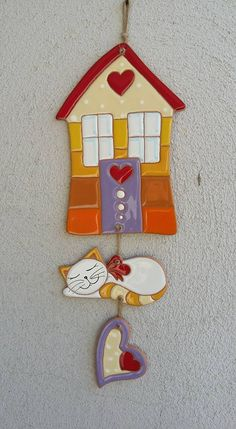 Diy house maket ideas for 2020 Fimo Clay, Ceramic Clay, Polymer Clay Jewelry, Ceramic Pottery, Clay Projects, Clay Crafts, Diy And Crafts, Clay Wall Art, Clay Art