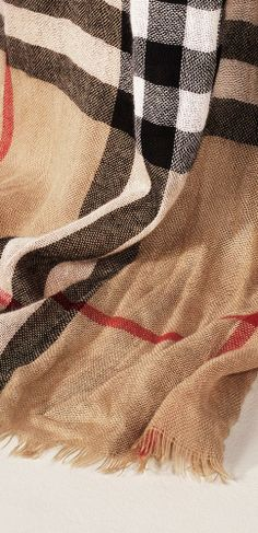 A heritage check scarf in crinkled cashmere from Burberry Fashion Watches, Fashion Bags, Fashion Accessories, Fashion Top, Fashion Women, Checked Scarf, Summer Scarves, Luxury Dress, Pashmina Scarf