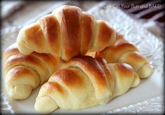 Delicious rolls.  Love how easy it was to make them crescent shaped. B.O.