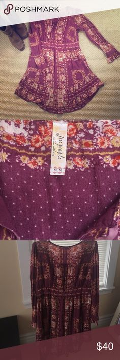 """Free People purple """"Bridgette"""" dress - Size M This is the Free People dress that Taylor Swift wore on SNL! Comfy and feminine, this boho dress would be amazing with some thigh highs! I took really great care of this dress - would keep it but it is too big for me :( Free People Dresses Mini"""